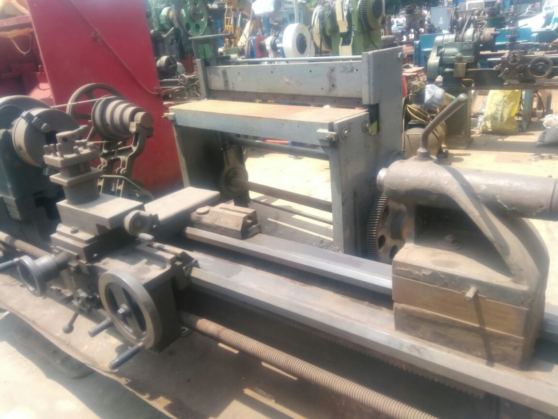 Lathe machine 9 feet 3