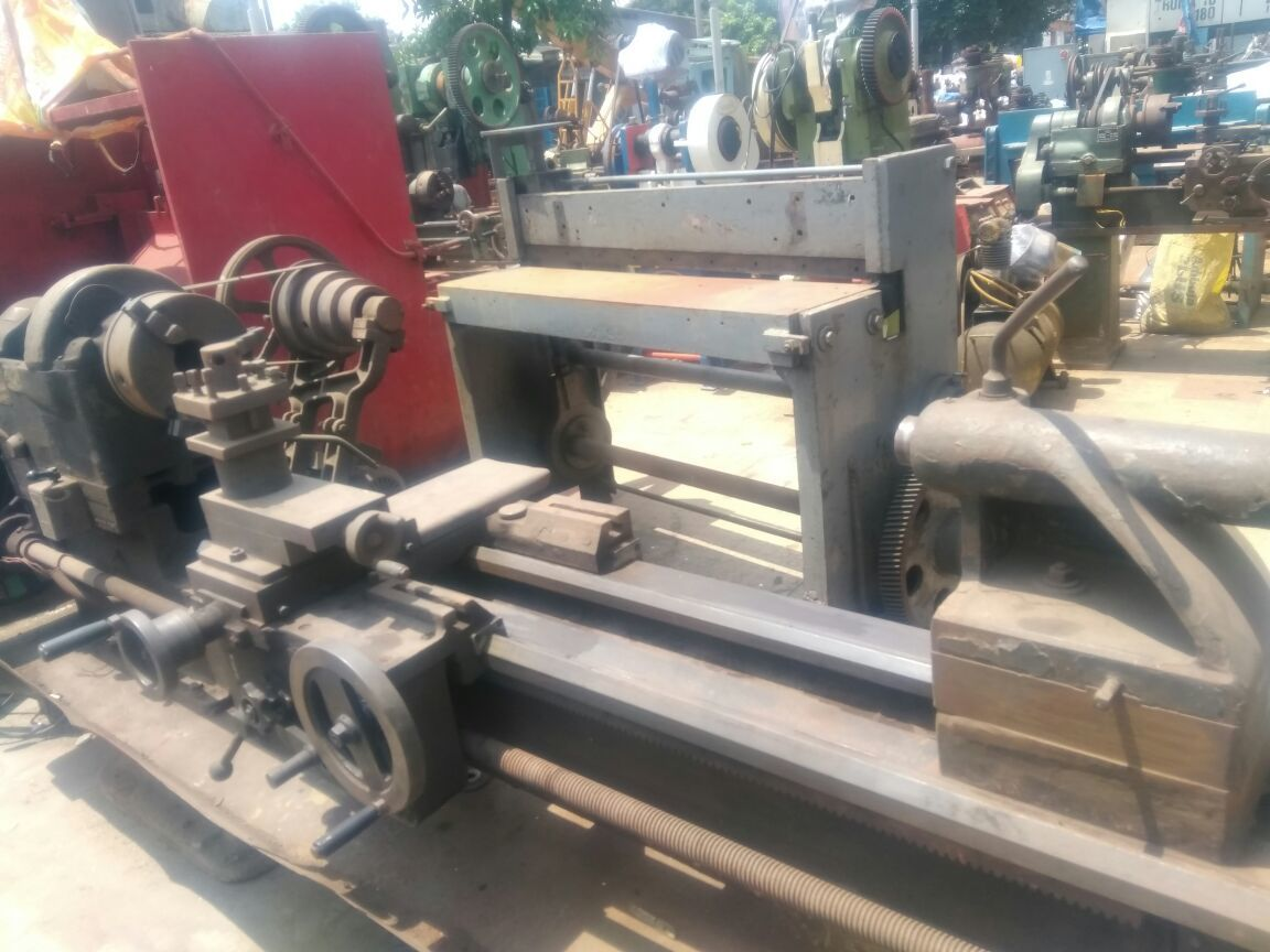 Lathe machine 9 feet 4