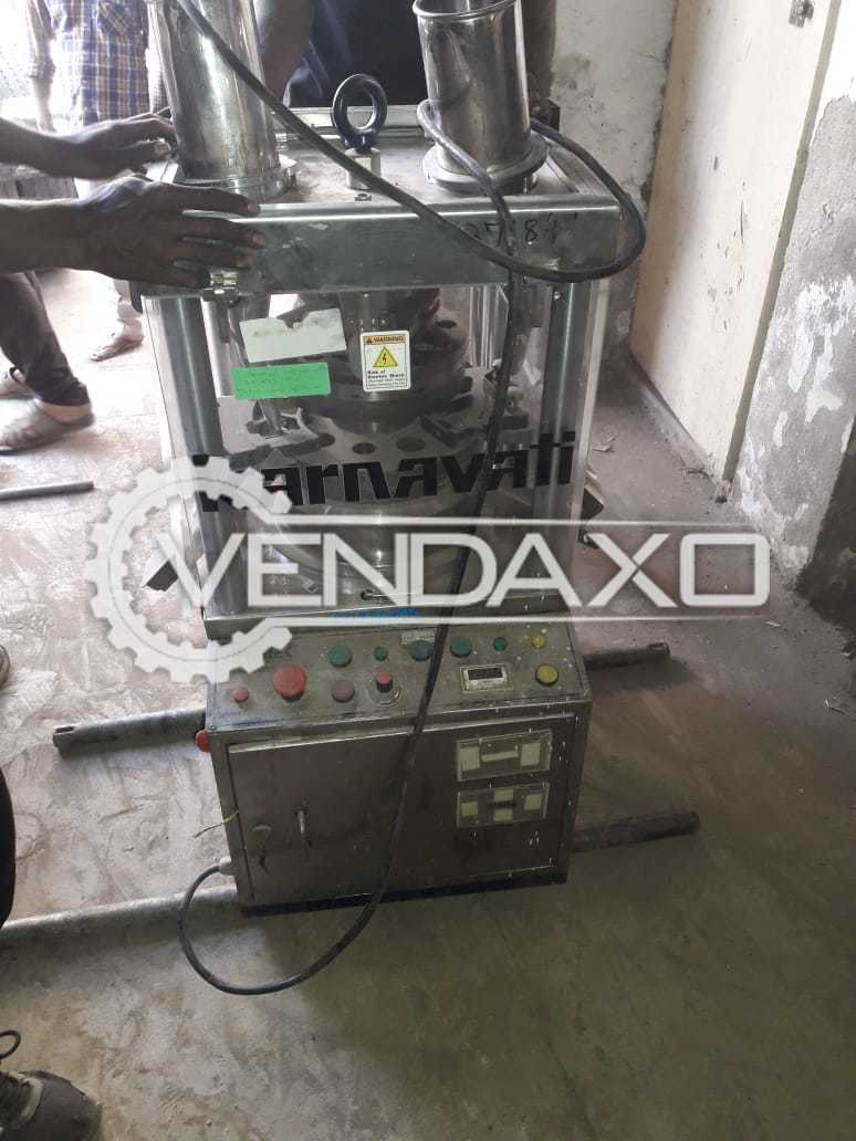 Karnavati Lab Pharma Tablet Machine - 10 Station