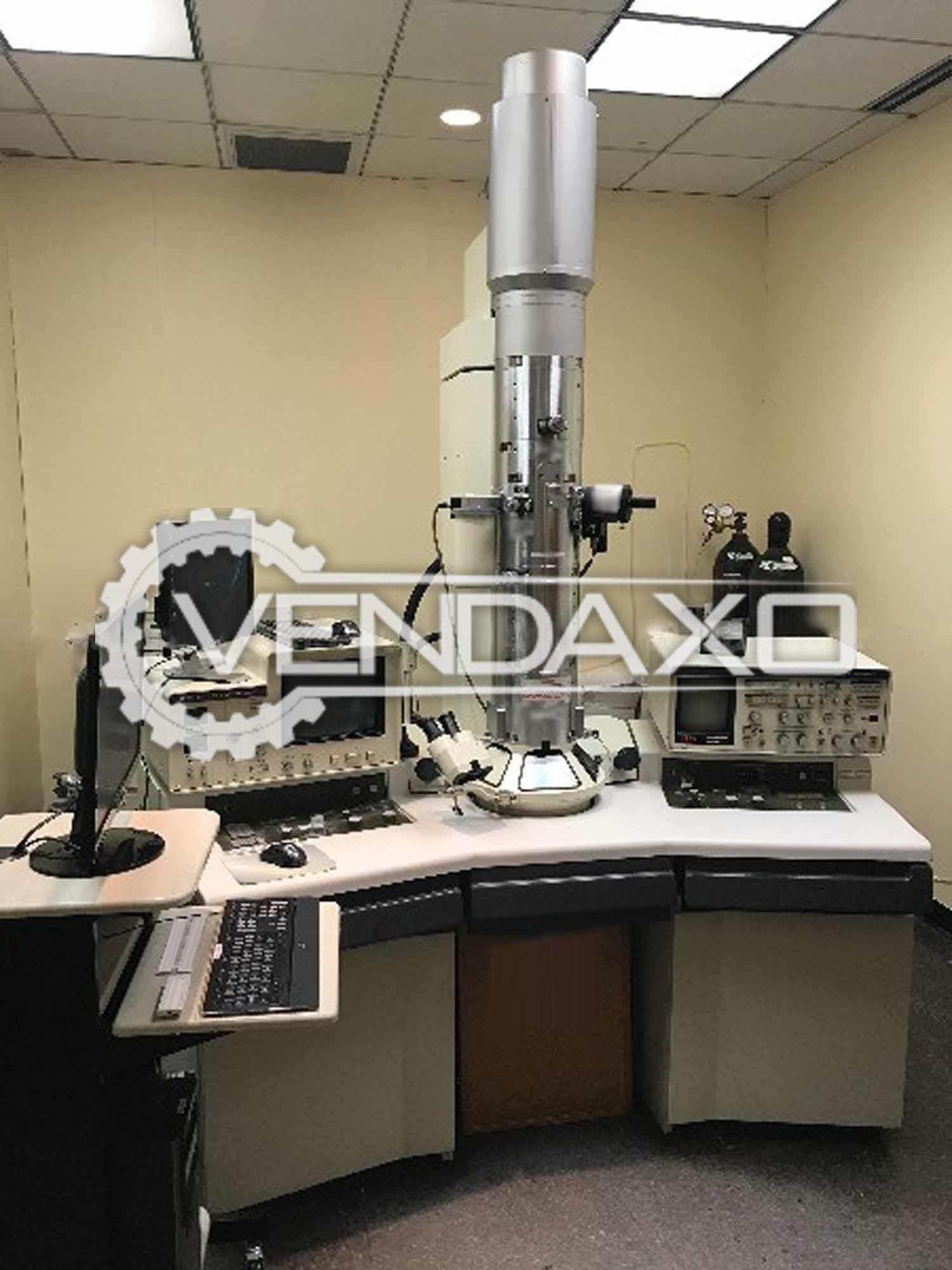 Hitachi H-8000 Transmission Electron Microscope - 200 KV