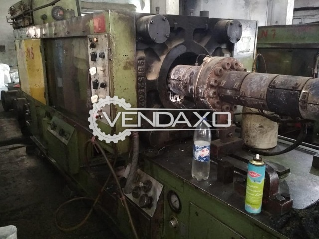 Used Windsor SP-300 DD Plastic Injection Moulding Machine