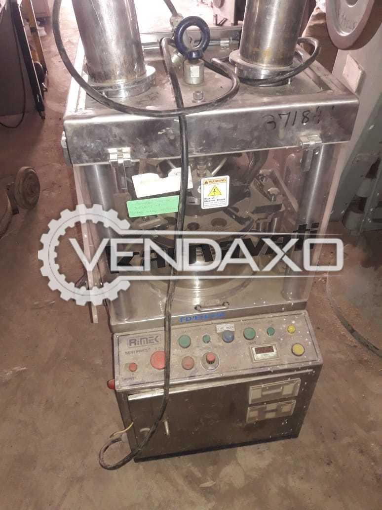 Karnavati Make Pharma Tablet Machine - 10 Station, R&D Model