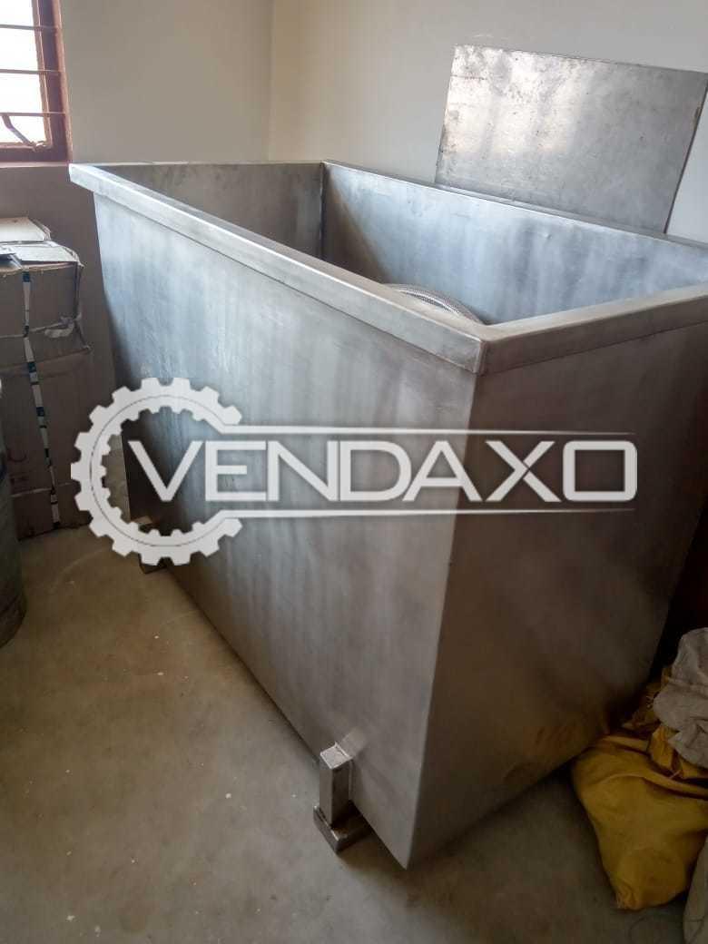 Milk Storage Tank - 500 Liter With Hose