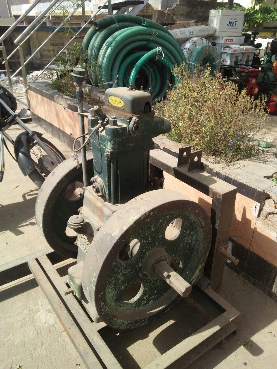 Lister engine.2