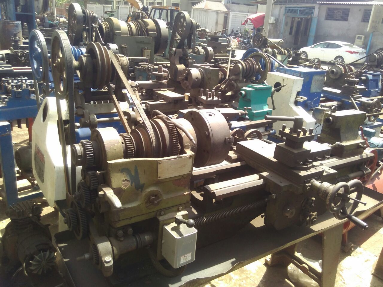 Lathe machine raj
