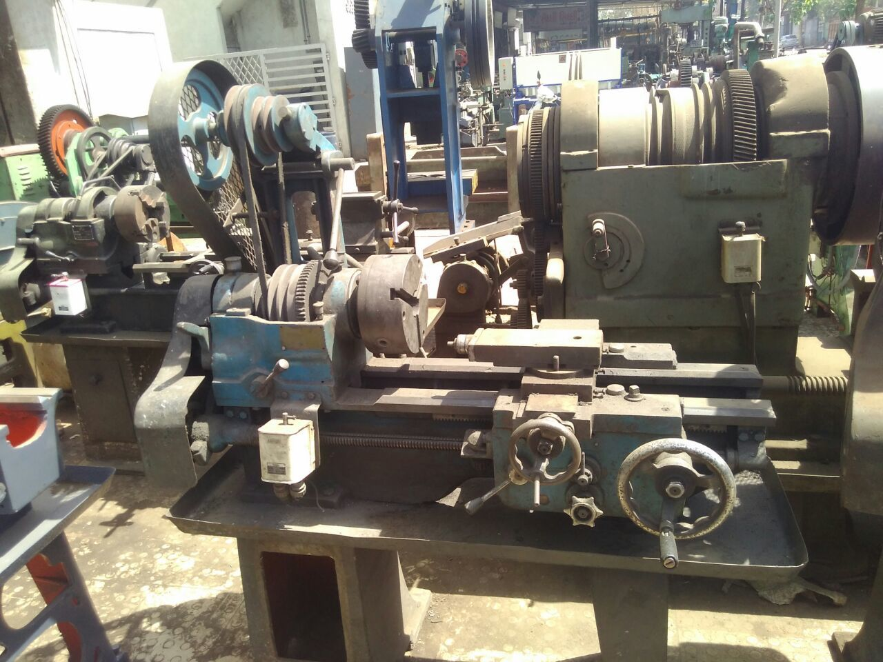 Lathe Machine - 3.5 ft
