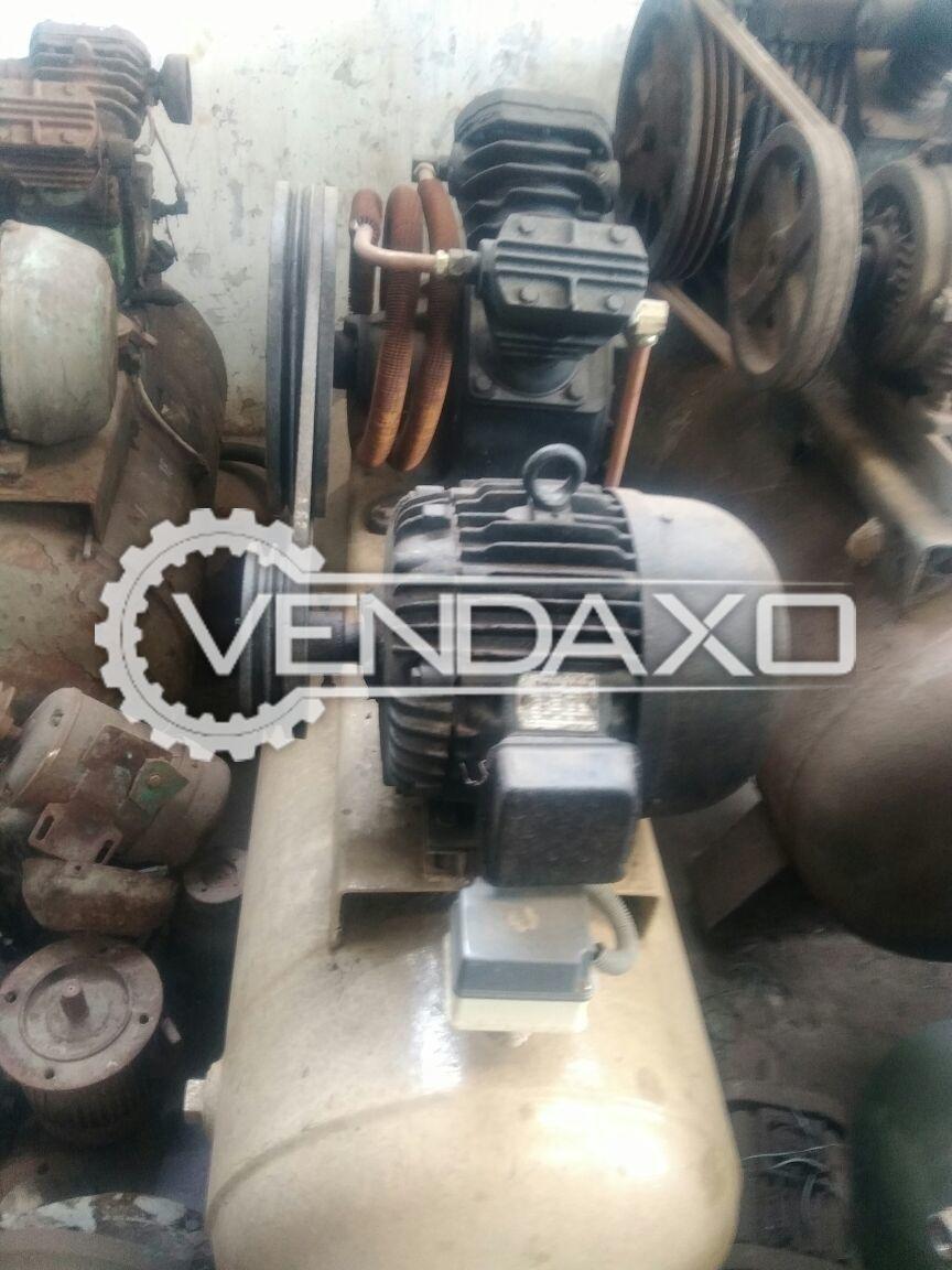 Ingersoll rand air compressor 7.5 hp  2