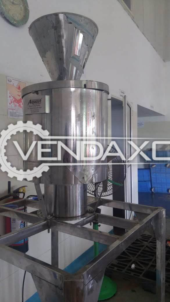 Aquicut Make Vegetables Slicing Machine - Single Blade, 2017 Model
