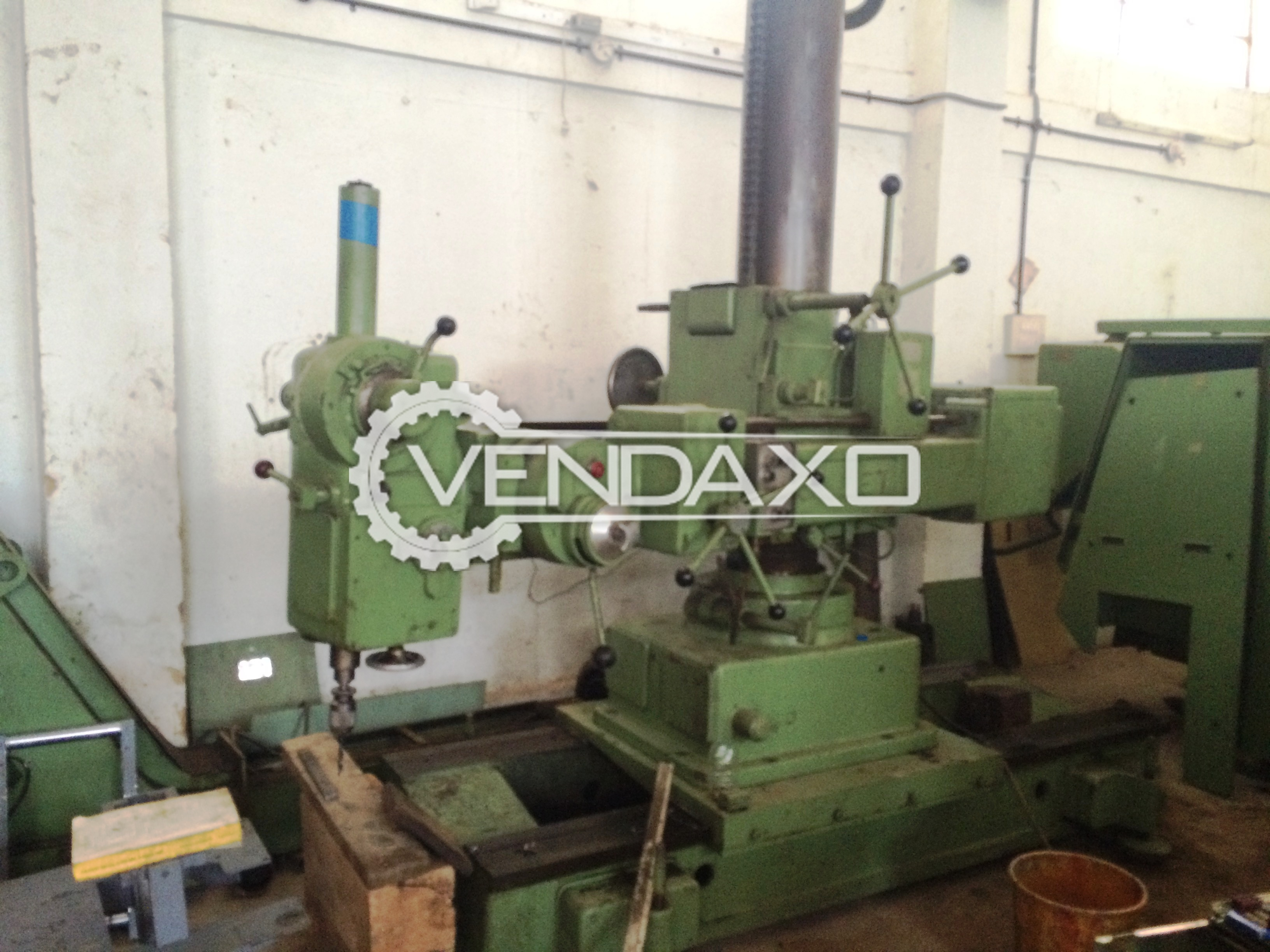 Collet Universal Radial Drill Machine