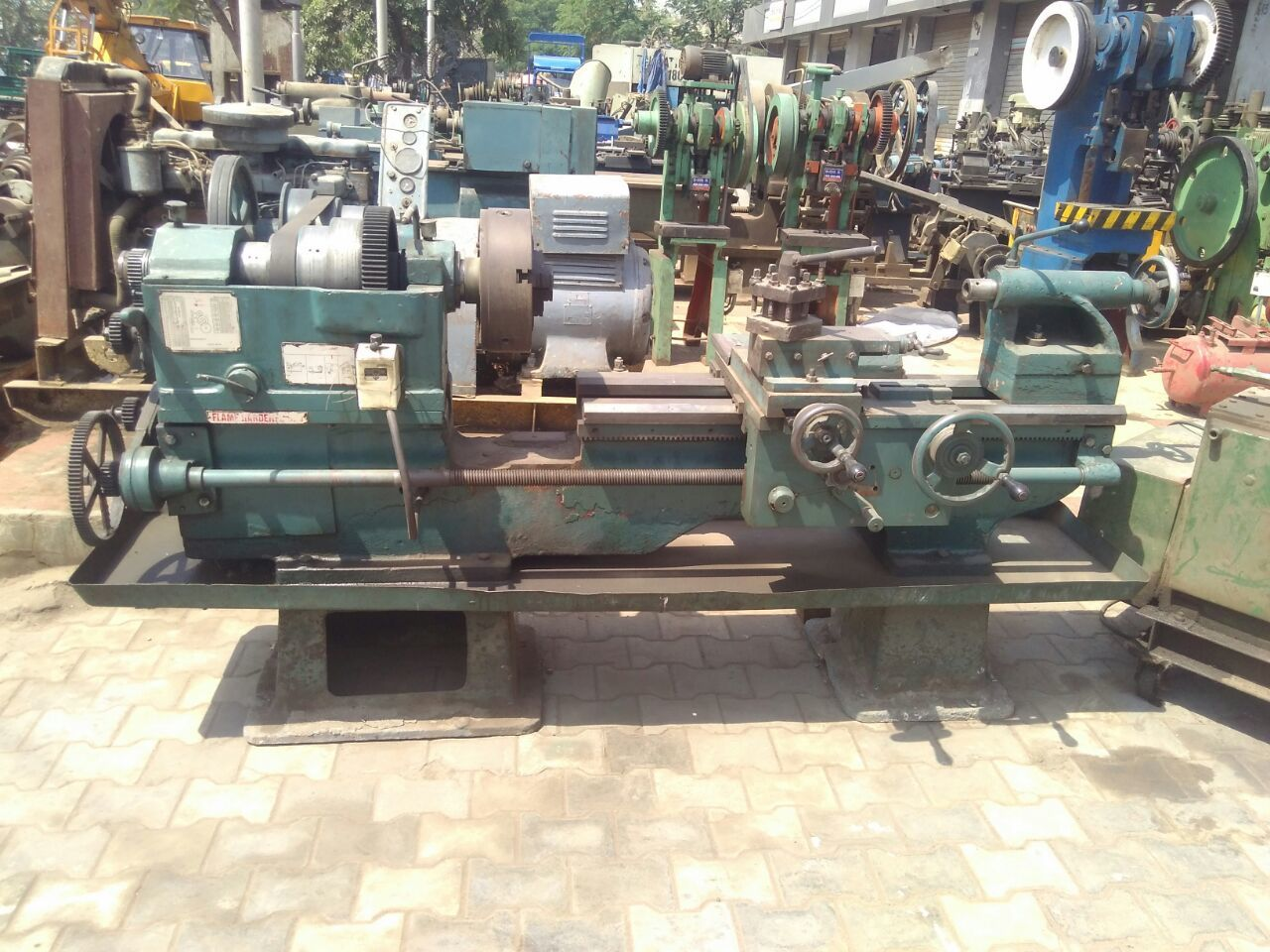 Lathe machine 7.5 ft