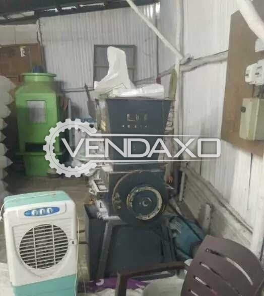 Available For 5 Liter Blow Molding Machine Along With Compressor Setup