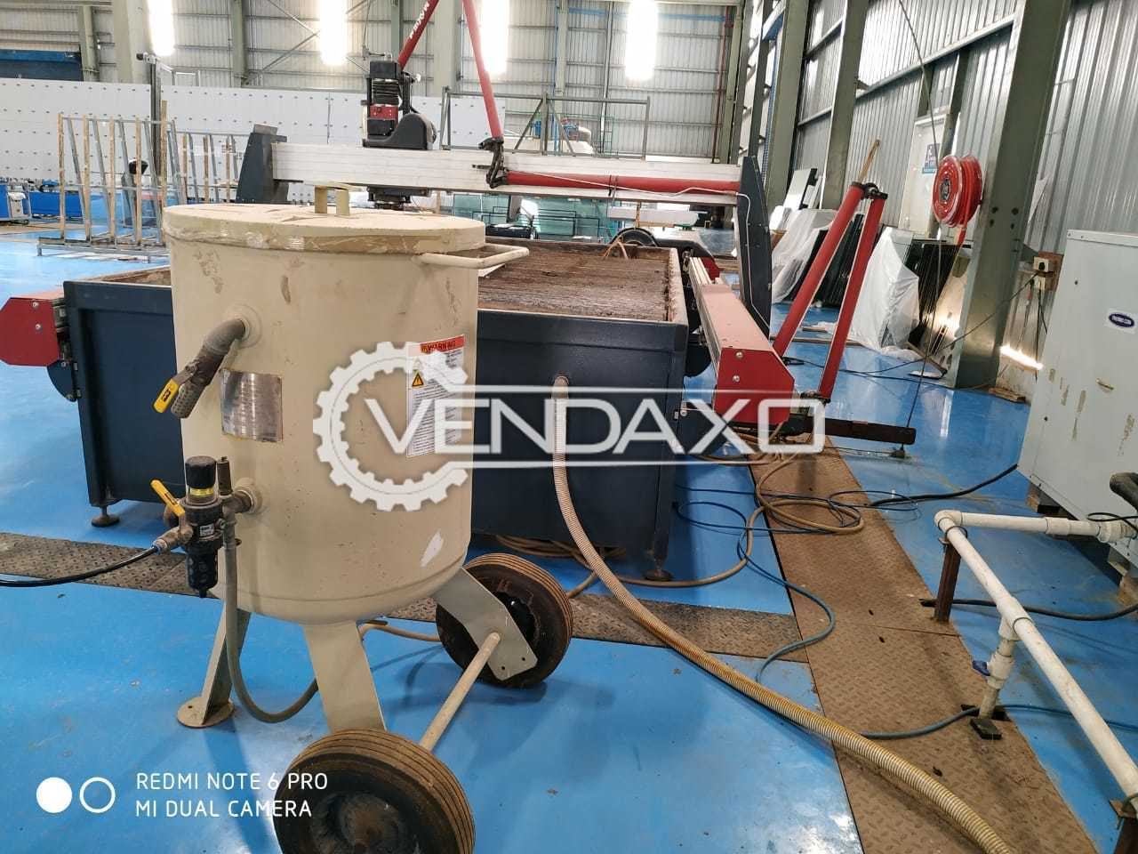 Used OMAX MAXEIM 2030 Waterjet Cutting Machine - Table Size