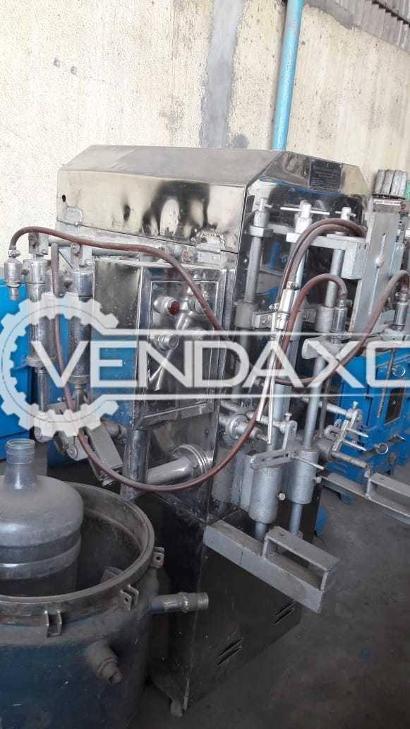 Bottle Filling Machine - GMP Model, 4 Head