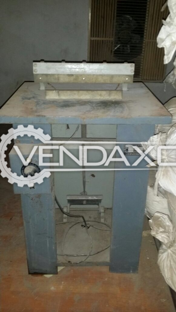 Fabricated Tube Sealing Machine