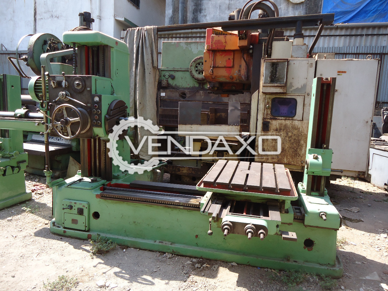 TOS H 63 Horizontal Boring Machine  - Table Size : 800mm x 880mm