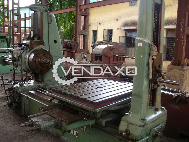 Forges De Gilly Make Horizontal Boring Machine - Spindle Diameter : 70mm