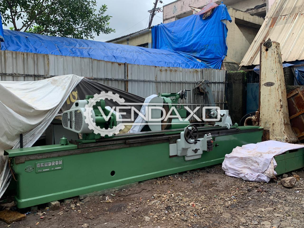Gendron Make Cylindrical Grinding Machine - Center height : 290mm