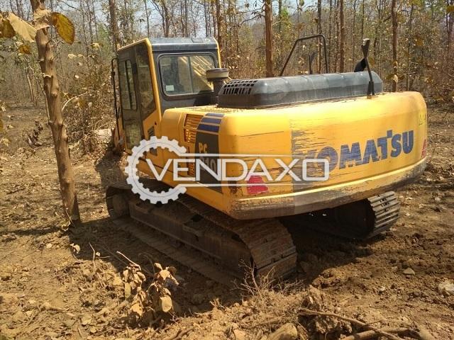Komatsu PC210 Excavator - 147 HP @2000 Rpm