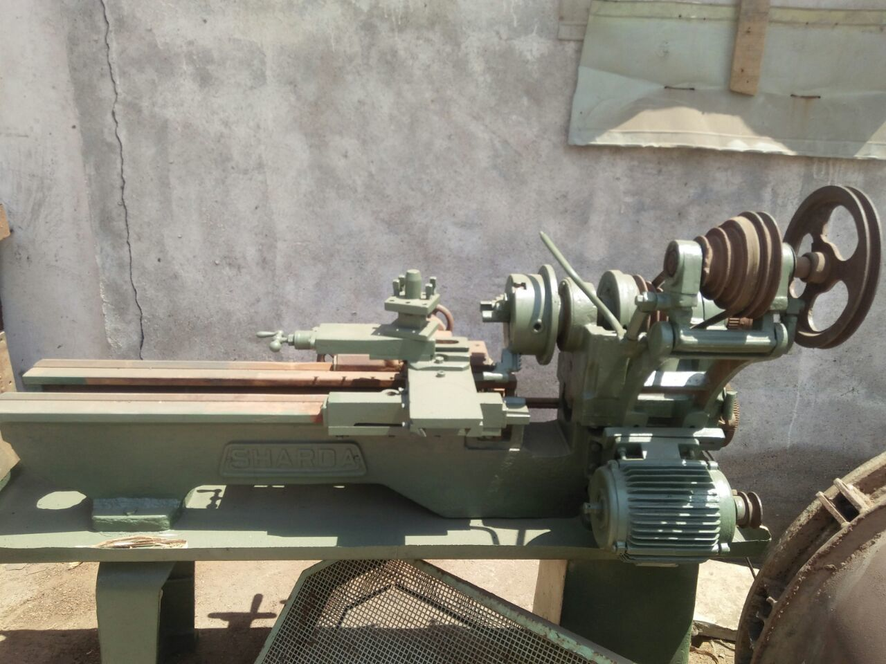 Lathe machine 1