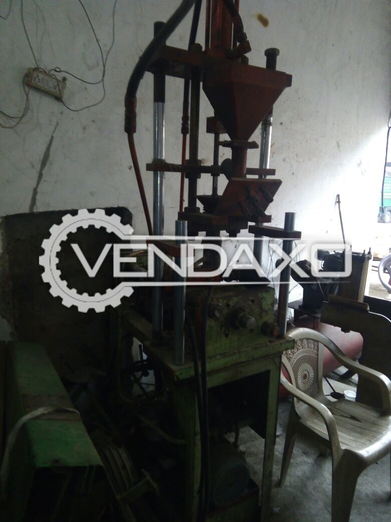 Injection Moulding Machine - 40 Gram