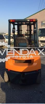 Toyota Geneo 7fg25 Paper Roll Clamp Forklift - 2.5 Ton, 2005 Model