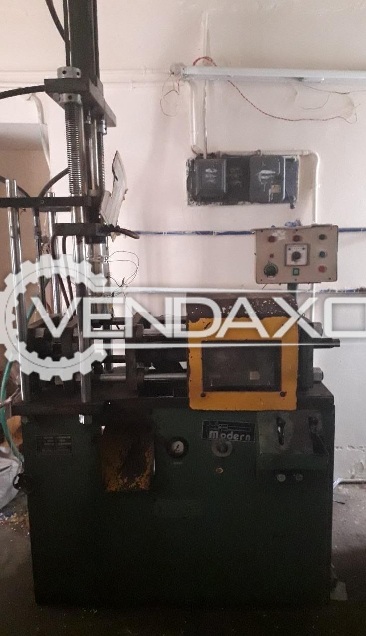 Modern Plastics Make Injection Moulding Machine - Shot weight - 60 to 90 Gram