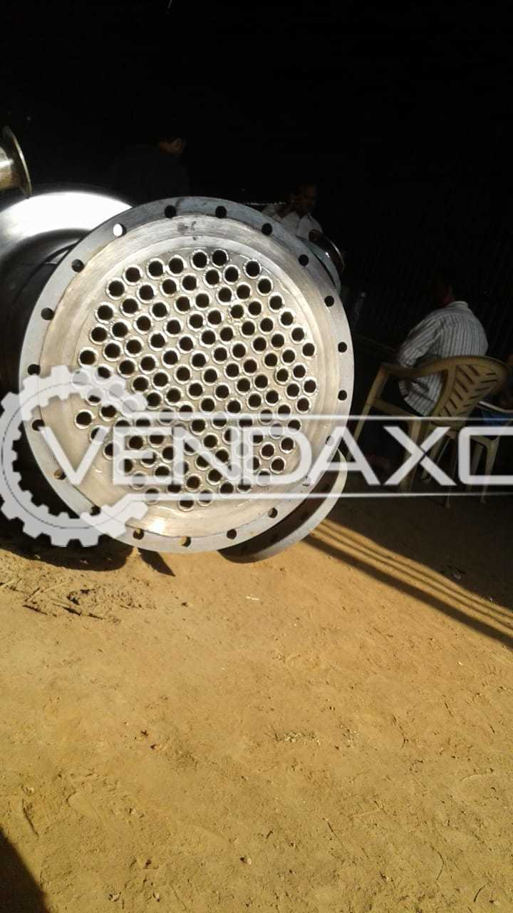 SS 316 Condenser With SS Jacket - Capacity : 30 Sq.meter