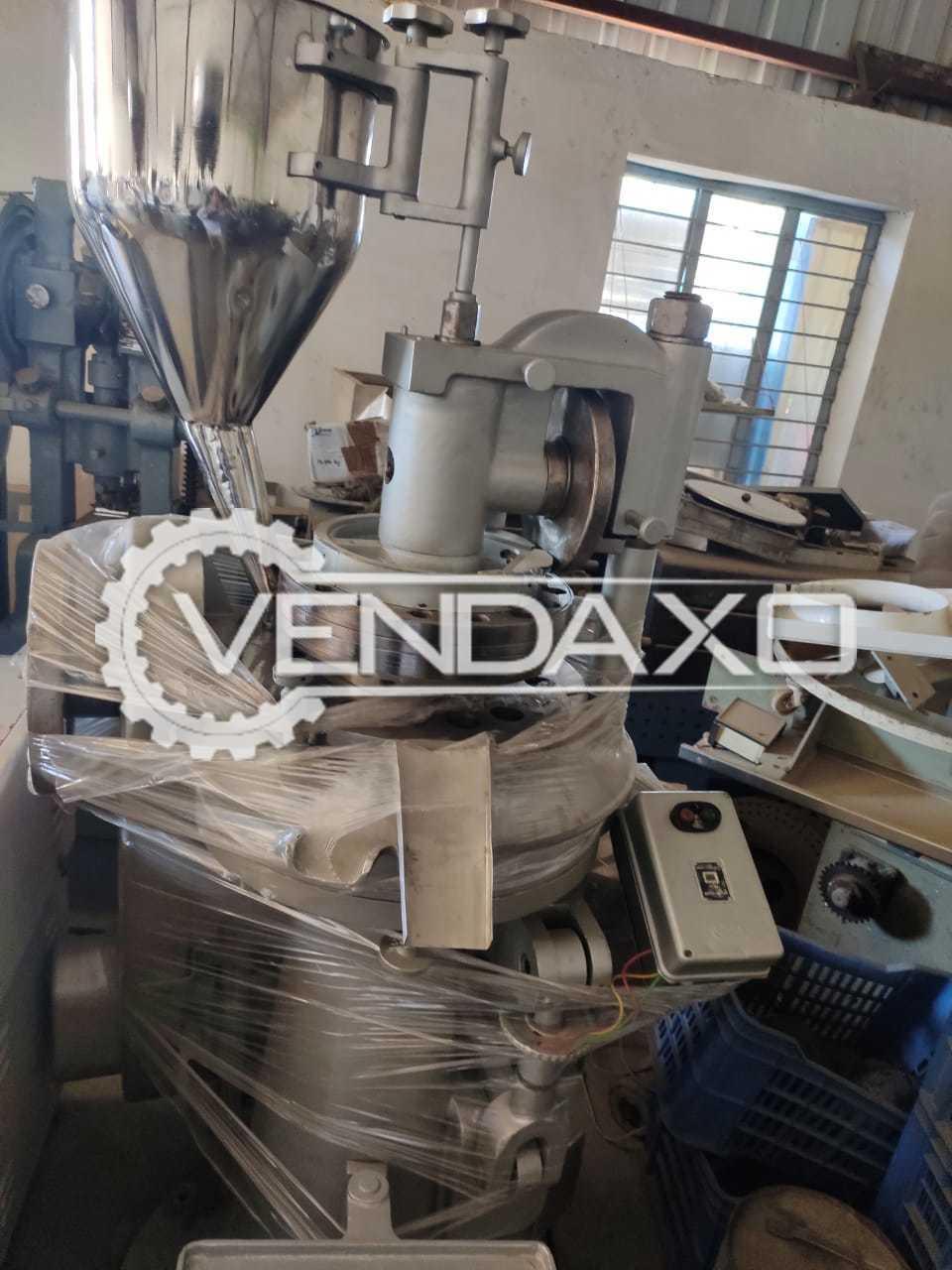 Cadmach Make Tablet Press Machine - 16 Station