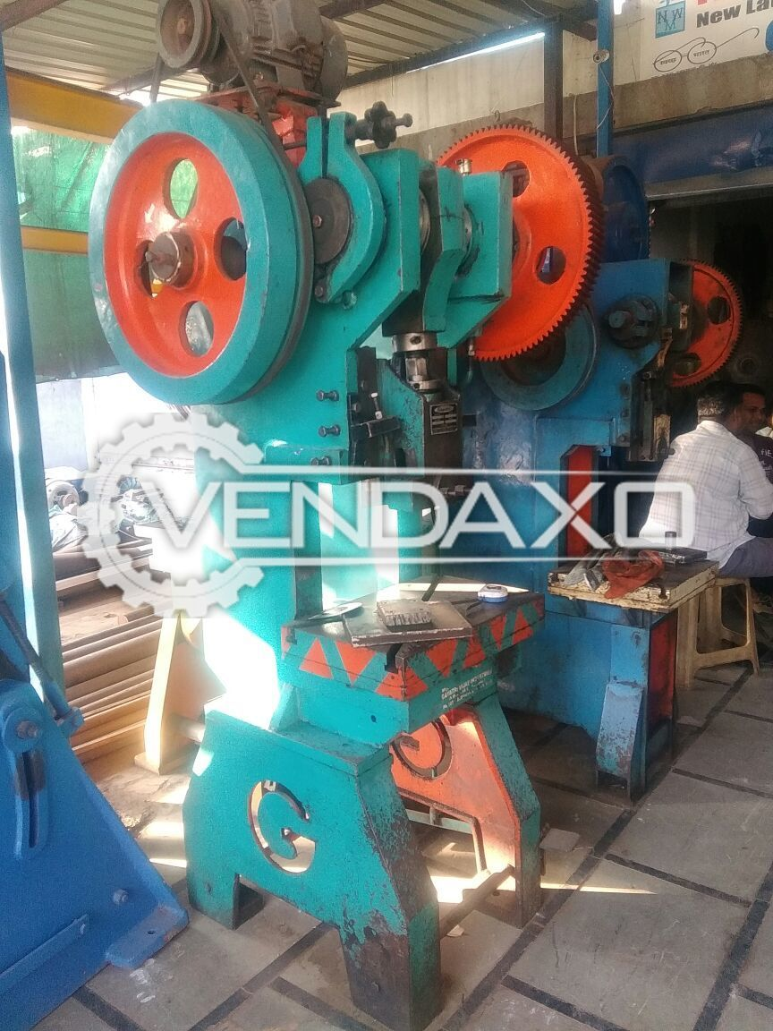 Gayatri Vijay Power Press - 30 Ton