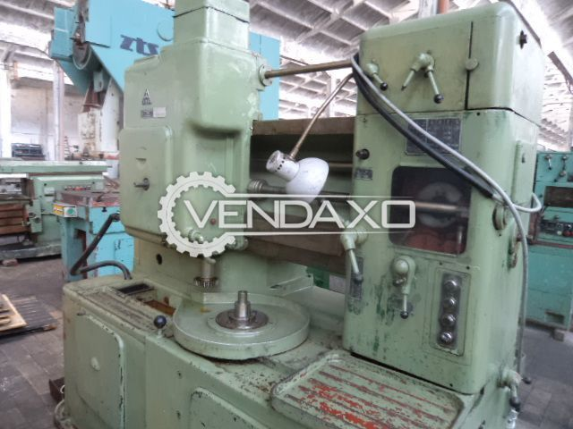 TOS OH 6 Gear Shaper Machine - Chuck Diameter : 600 mm