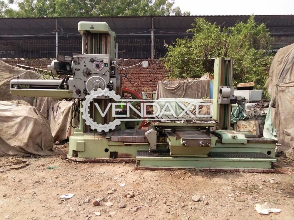 TOS W100A Horizontal Boring Machine - Table Size : 1250 x 1250 mm
