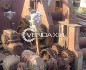 "Indian Make Plate Bending Machine - Top Roll Diameter : 12"""