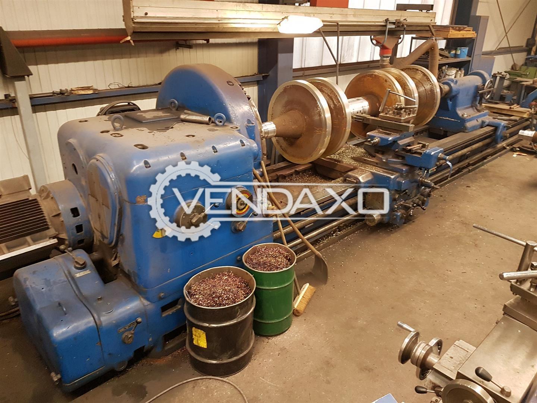 Skoda Make Heavy Duty Lathe Machine - Turning Diameter : 1250 mm