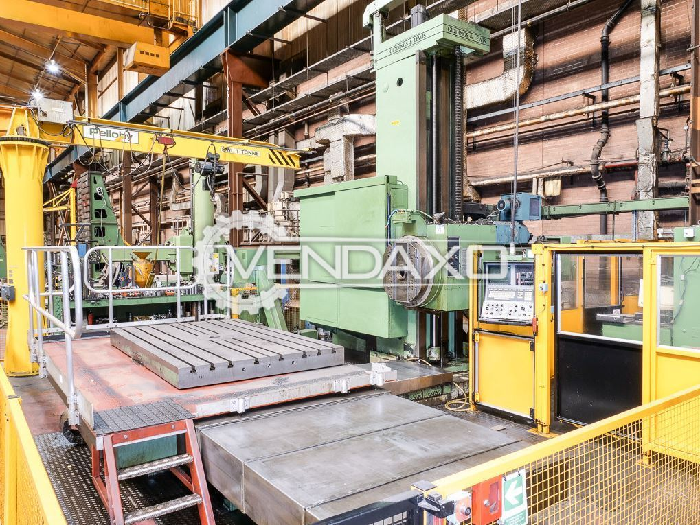 Giddings & Lewis CNC 5 Axis Table Type Boring Machine - Table Size : 1524 x 2438 mm