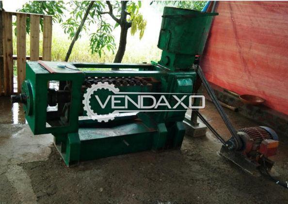 Goyum International Make Hydraulic Oil Filtration machine - Chamber Size - 27 x 5 Inch