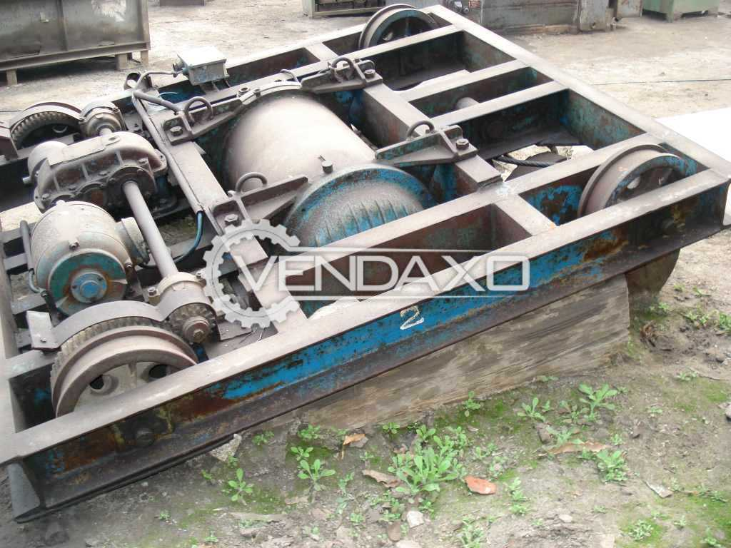 Available For Sale Crane - 8 Ton