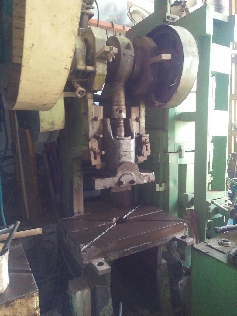 Power press. 3