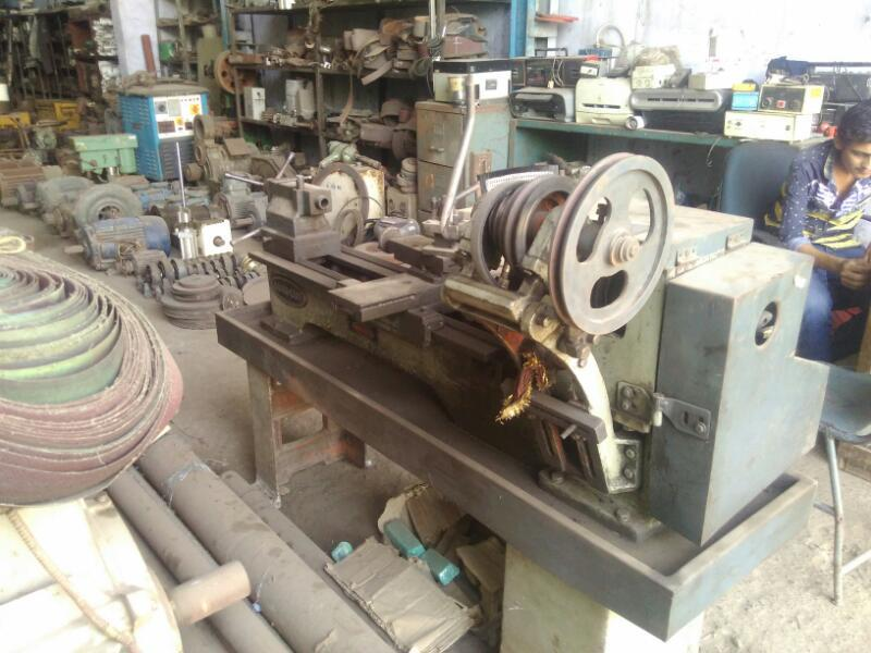Used lathe machine 4 ft rajkot make