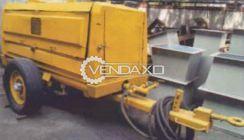 Atlas Copco VT4 Sand Blasting Machine - 12 KG/cm2