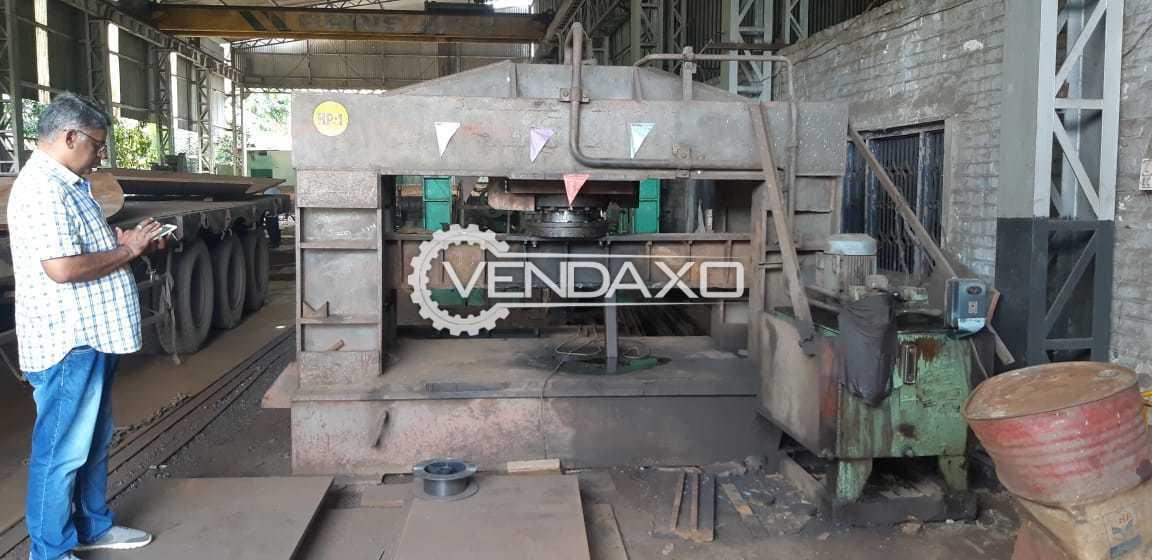 Yuken Make Press Machine - Capacity : 2000 x 1200 mm, 450 Ton