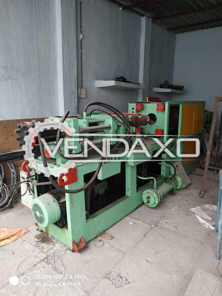 Indian Make Injection Moulding Machine - Capacity : 200 Gram