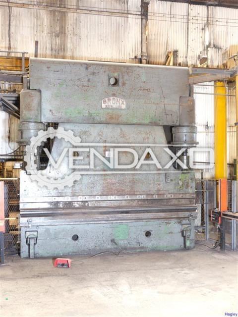 Bronx Make Hydraulic Press Brake Machine - Capacity : 400 Tons