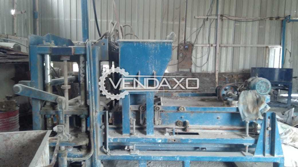 Avaialble For Sale Fly Ash Brick Plant - 20000 Bricks Per 8 to 10 Hour