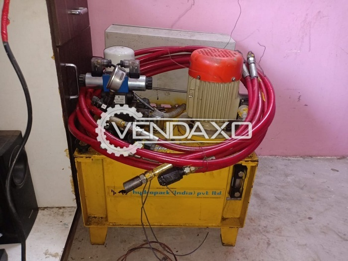 Avaialble For Sale Lifting Machine