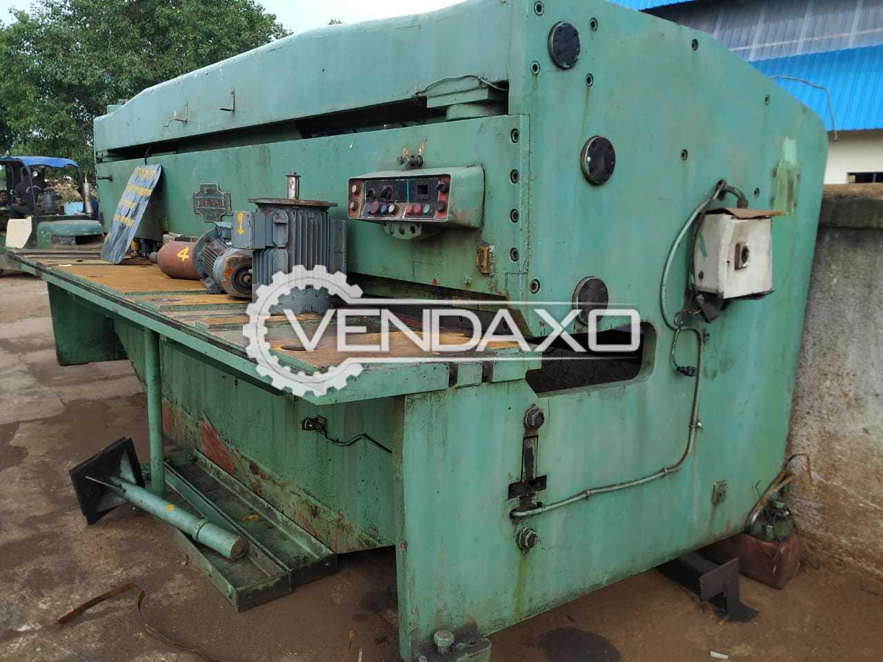 J.Perrot Make Shearing Machine - Capacity : 4 meter x 8 mm