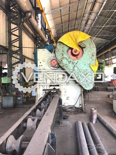 Peddinghaus Make Billet Shearing Machine - Capacity : 680 Ton