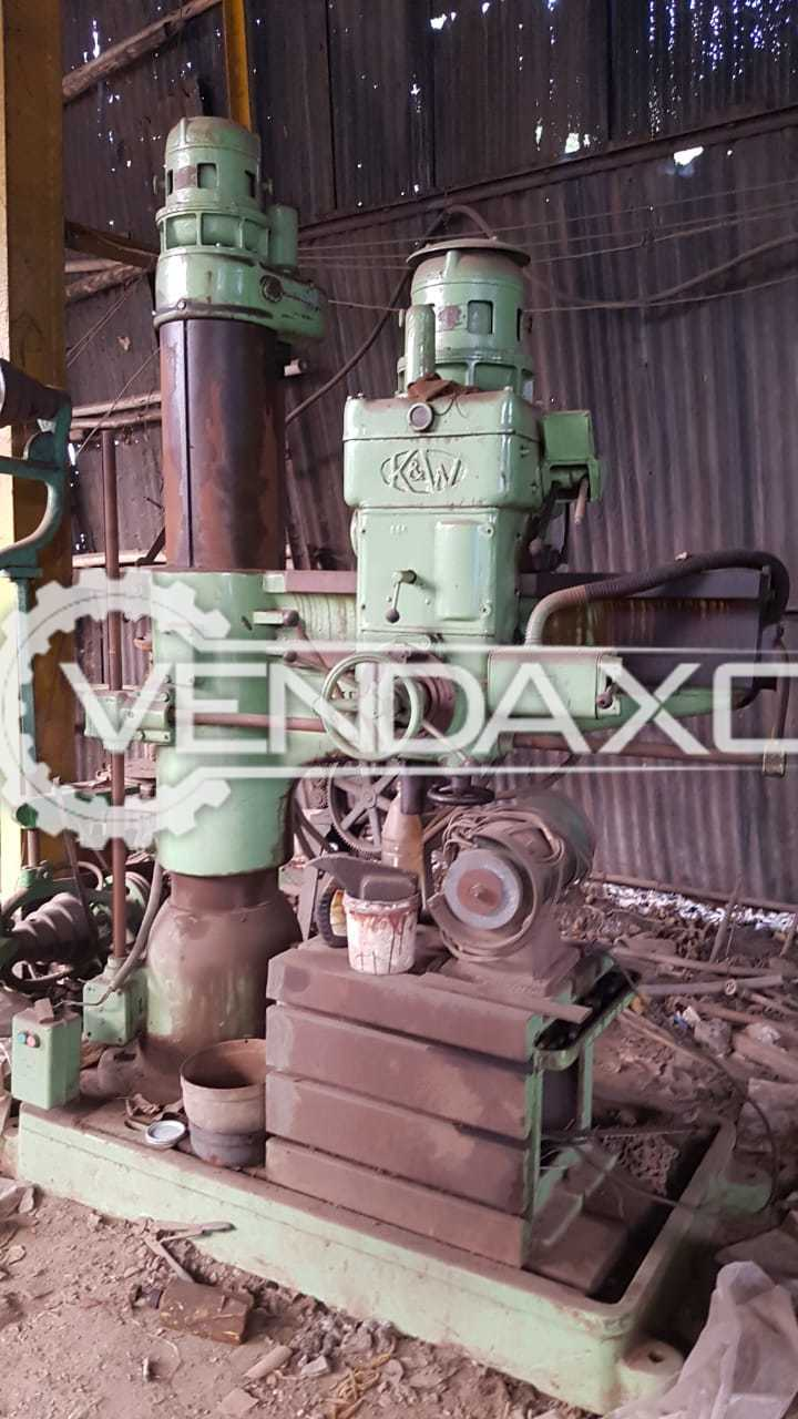 K & W Make Radial Drill Machine - Capacity : 50 mm