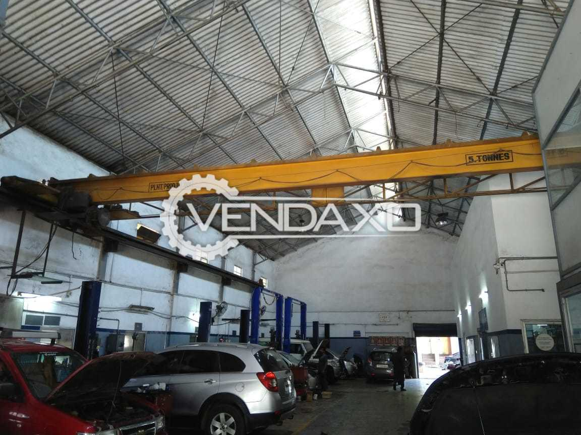 Available For Sale EOT Crane - Capacity : 5 Ton