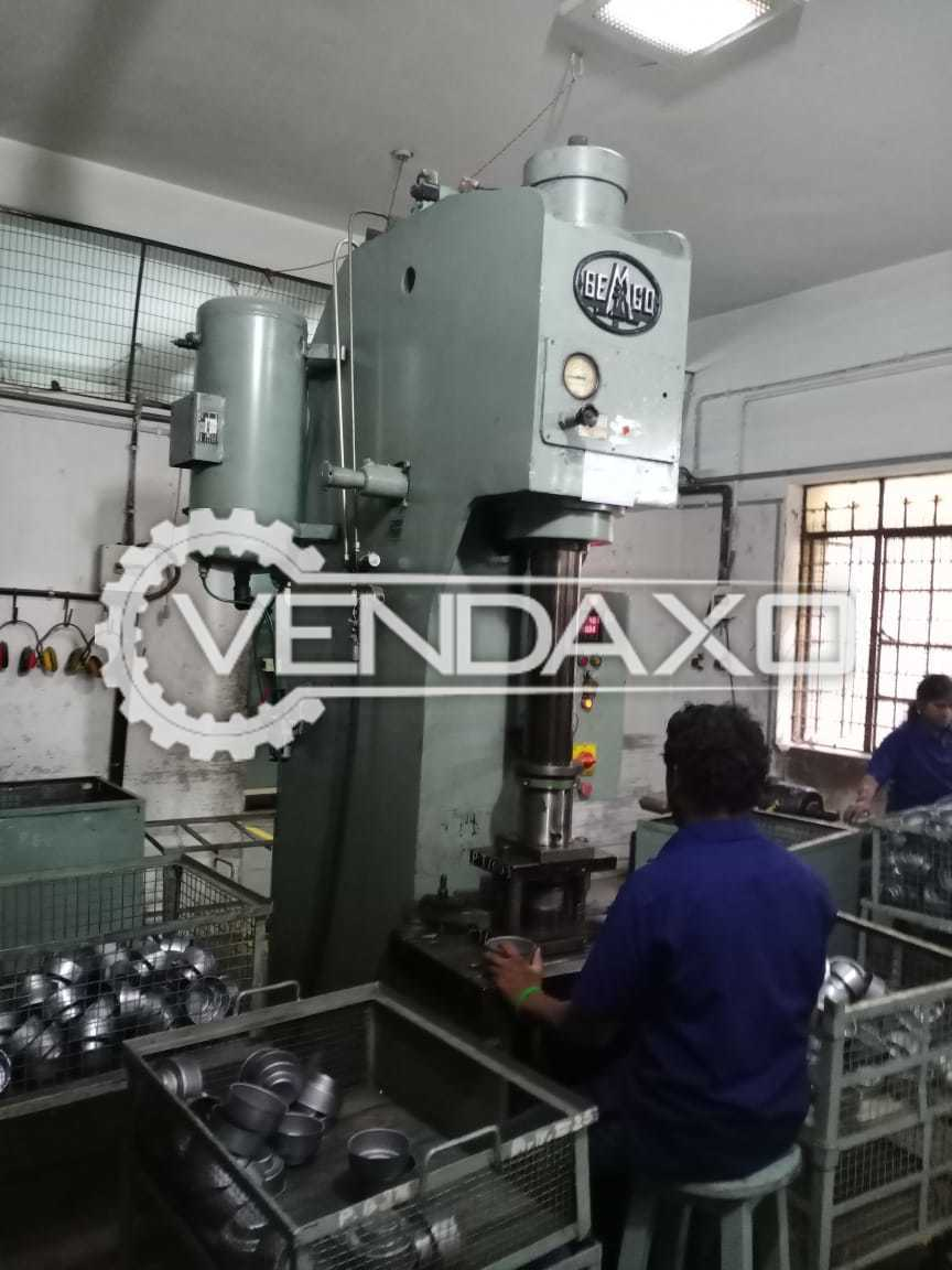 Indian Make Press Machine - Capacity : 25 Ton