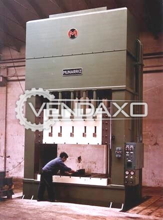 Munarriz Make Hydraulic Embutition Press Machine - Capacity : 400 Ton